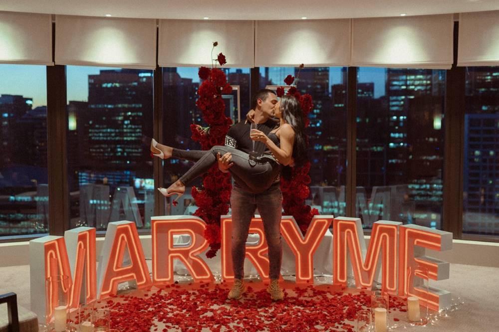 60cm-Neon-Letters-_MARRY-ME_-Red