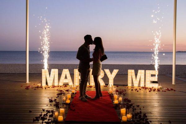 Light Up Range_Image 3O__MARRY ME_ Proposal Package