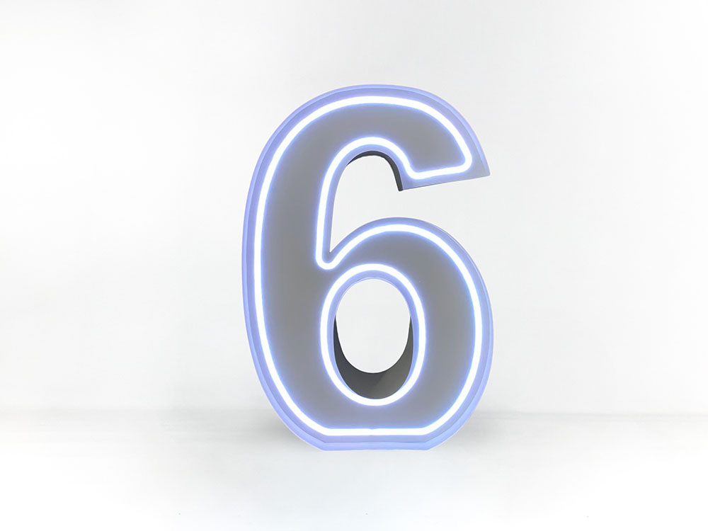 Neon-Numbers-1m-03
