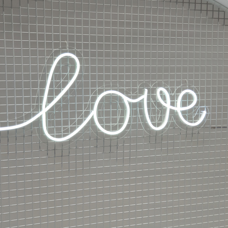 Neon Sign - LOVE