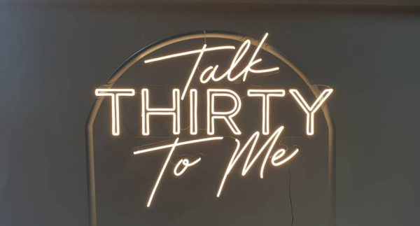 Neon-Sign_TALK-THIRTY-TO-ME_2